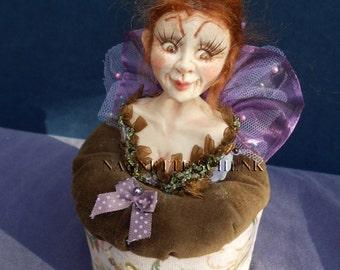 Pincushion doll Bijou original made of polymere clay