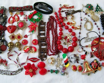 Vintage RED JEWELRY LOT Destash Resale Crafting Wearable Beads Christmas Holiday Upcycle 6