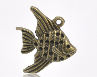 30 Bronze Goldfish Charms - WHOLESALE -  Fish Pendants - 21x19mm - Ships IMMEDIATELY  from California - BC280a