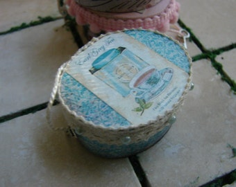 Dollhouse Miniature Shabby Chic Turquoise Oval Hat Box with Earl Gray Tea Motif and Hanging Key