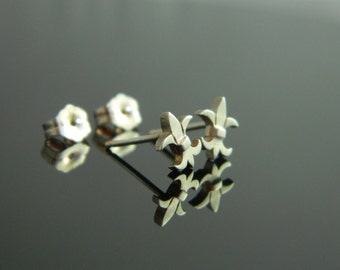 Fluer De Lis Earrings