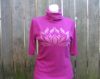 Women's Lotus Magenta colored turtle neck shirt Size Large