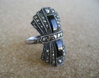 Vintage sterling silver onyx marcasite Art Deco ring, geometric 1930's black art deco ring