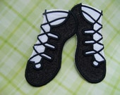 Glitter Ghillies  --    Irish Dance Shoes Applique   ---   Iron On  ---   SMALL