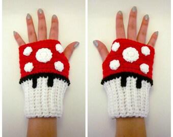 Mushroom Geeky Gauntlets. Mario Inspired Wristwarmers. Super Gamer Series. Video Game Fingerless Gloves. Crochet Red Cosplay Accessory.