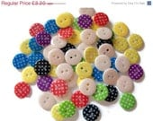 ON SALE 60 x Round Polka Dot Resin Buttons - Polka Dot Round Buttons - Polka Dot Buttons
