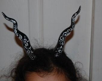 Black and white scrolled Gargoyle sprite HORNS larp ren fair coma con, festival Voodoo fetish