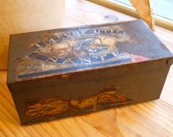 Antique French Tin Box Shabby Chic Biscuit / Cookie Tin Decoration Display C. 1910