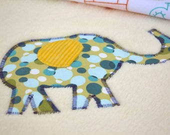 Colorful elephants Ultra cuddle fleece baby blanket, Quilted toddler blanket, travel blanket, baby blanket, quilt