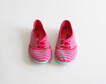SALE / Gray and pink sneakers shoes, cotton flat shoes, Size 39, 8.5 us tennis shoes