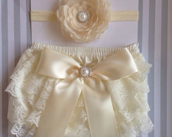Baby Girls Lace Bloomer, Diaper Cover headband set, Ivory Lace Diaper Cover, 0-6 months Diaper Cover, great for Baby Shower Gift, Photo Prop