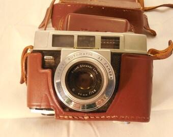 Kodak Automatic 35 mm Camera    m205