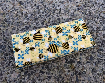 Magic Wallet - Billfold Bees on Blue