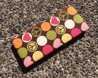 Magic Wallet - Billfold Peace Signs