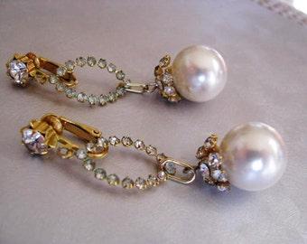 Elegant Pearl and Crystal Earrings - 1970s Chandelier Drop Earrings
