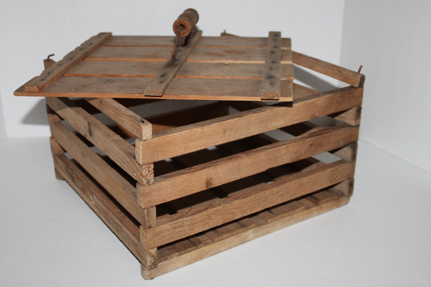 vintage wooden egg crate with removable lid