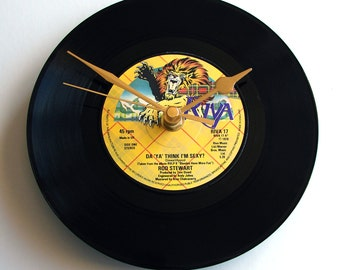 "ROD STEWART Vinyl Record Clock ""Do Ya Think I'm Sexy?"" made from Original recycled 7"" single vinyl disc Retro rock gift mum dad fun present"