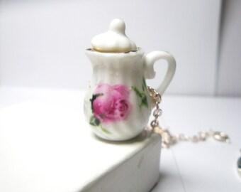 Tea pot  Necklace- mini Coffee pot Necklace- Teapot Pendant Necklace-Tea Party necklace