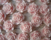 Resin Rose Flower, 6 pcs Sweet Pink Resin Flower Cabochon, Perfect for Bobby Pins, Rings, Earrings