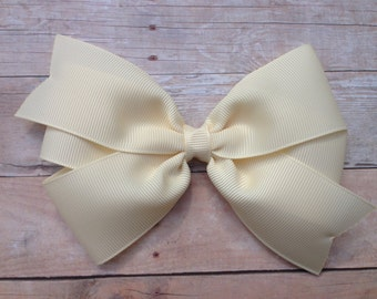 5 inch ivory hair bow - 5 inch off white bow, 5 inch bow, large ivory bow, large hair bows, toddler bows, girls hair bows, girls bows