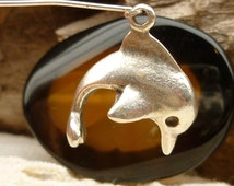 Jumping Dolphin Pewter Casting Charm, Silver Mykonos Casting Beads (2) - M33