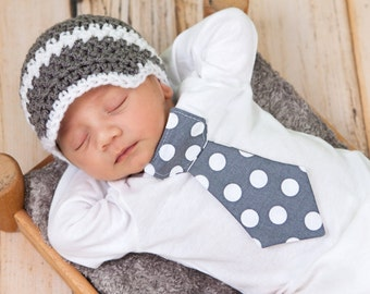 Baby boy tie one piece bodysuit and crochet hat set, gray and white, polka dots, photo prop, baby shower gift, baby boy fashion, suit