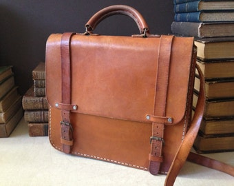 Vtg Artisan Sienna Brown Leather // Messenger Handbag // Mini Briefcase Style