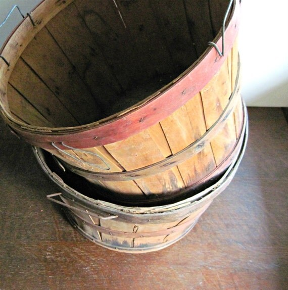 Wooden Bushel Apple Baskets Set Of Two By Rushcreekvintage