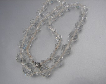 MULTI FACETED CRYSTAL bead necklace 28.