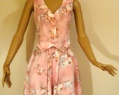 Dusty Rose Pink Floral Vintage Two Piece Sleeveless Vest Suit , Ladies Matching Skirt and Vest Set
