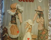 Dumplin Designs Fabric Geese complete with Illustrations, Photos and Patterns Craft Instructions Book