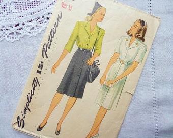 Vintage Simplicity Dress Pattern 4956 Size 12  1943