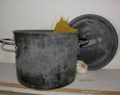 1960's Commercial Aluminum Cookware Company 6.5 Qt Stock Pot, Large Restaurant Stockpot