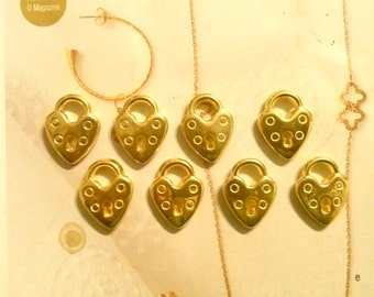 8 Goldplated Lock Charms