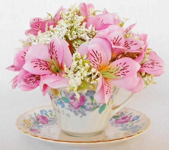 Teacup Flowers, Pink H...