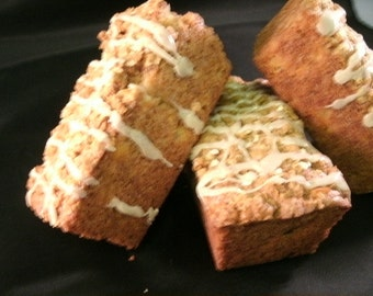 Apple bread, 4 Loaves Homemade bread, Moist & Delicious Apple bread Get 4 Loaves FREE SHIPPING