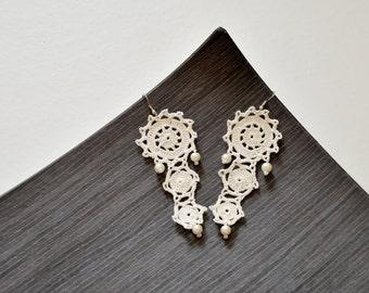 Lace Dangle Earrings, Crochet Earrings, Boho Bridal Earrings, Wedding Jewelry, Beaded Jewelry, Crochet Jewelry, Flower Earrings, Women Gift