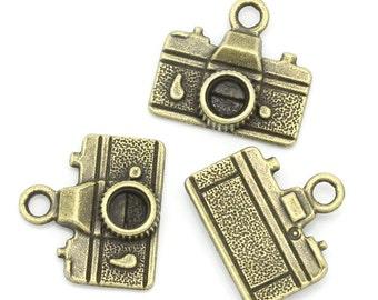 10 Pieces Antique Bronze Camera Charms