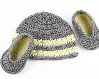 Crochet Baby Hat and Slippers Set // Gray and Yellow Newborn Hat and Ballet Slippers