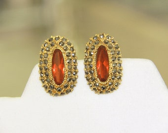 Vintage Red Large Stone Rhinestones - Gray Rhinestones - Gold Tone - Ruby Red  Clip Earrings -  Bridal Party Jewelry - Bride Party