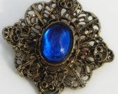 Vintage Gold Filigree  Blue Cabachon Brooch Pin