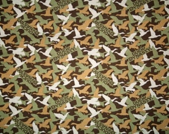 Duck Dynasty Camouflage 42/43 inch wide cotton material :MA001