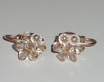 Vintage cluster bead clip on earrings*