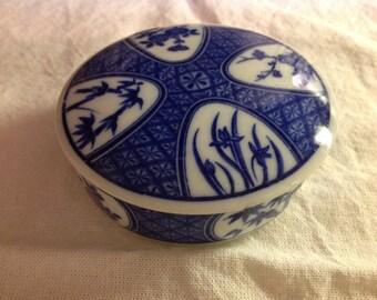 Vintage Takahashi San Francisco Blue & White Trinket Box