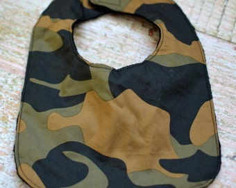 Reversible Camouflage Bib with Velcro Closure