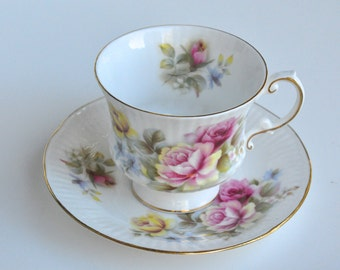Elizabethan Hand Decorated Teacup and Saucer Made in England