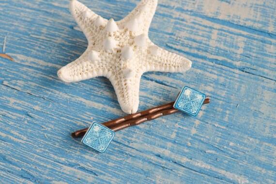 https://www.etsy.com/listing/122972452/aqua-blue-celtic-knot-bobby-pins