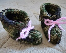 Baby girl booties handmade camouflage booties with pink adjustable crochet ties camo shoes