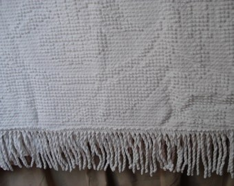 Vintage Bates Hobnail Bedspread White Full Double  Cotton Bed Cover Vintage
