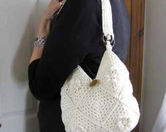 Crochet bag tutorial.  PDF crochet pattern. Lined crochet cotton bag. Instant download. Permission to sell items made from this pattern.